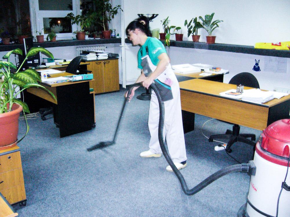 Curățenie birouri și spații administrative