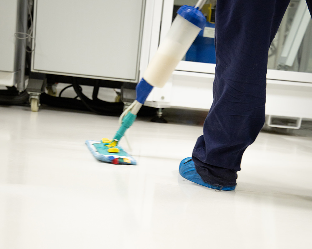 Curățenie hale industriale