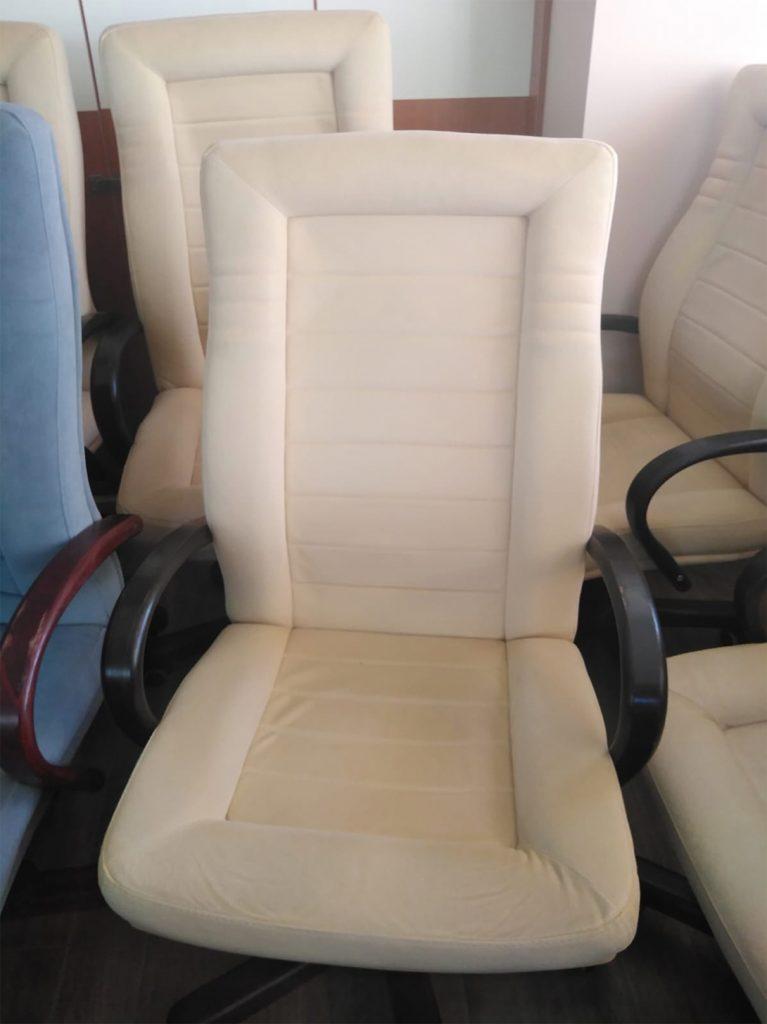 Curățare scaune tapițate